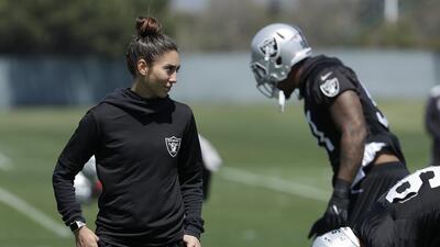 Kelsey Martínez como entrenadora en los Raiders: las mujeres toman poder en la NFL