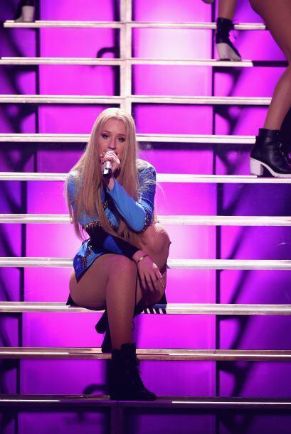 La sexy cantante nunca defrauda a sus fans y sobre el escenario siempre...