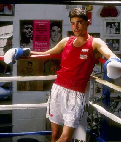Un talento prematuroOscar De la Hoya nació en Los Angeles el 4 de febrer...
