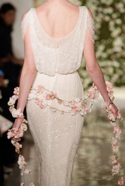 La diseñadora, además las usó como un accesorio externo al vestido.