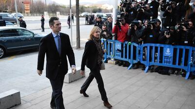 Iñaki Urdangarín y Cristina de Borbón entrando al juzgado de Palma