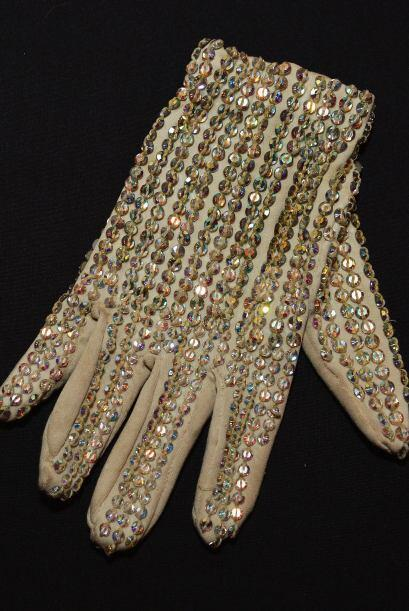 Unos guantes mantendrán bien calientes tus manos y las protegerán del fr...
