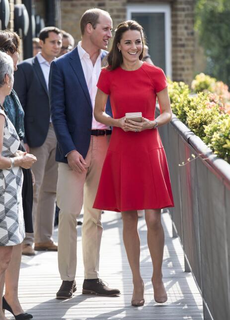 Los 50 mejores vestidos que usó Kate Middleton en 2016 GettyImages-59522...