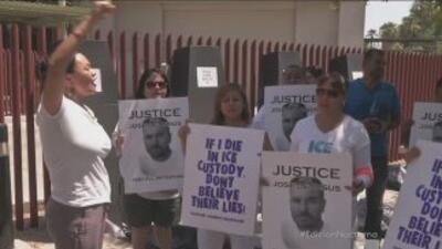 Manifestación para reclamar justicia por indocumentados muertos en centr...