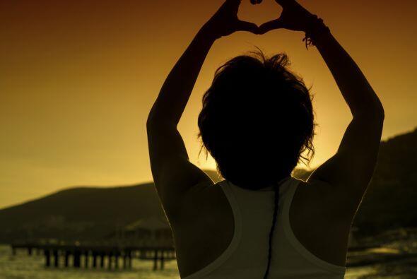 Y lo más importante, acéptate y comienza a amarte a ti mismo, por tu for...