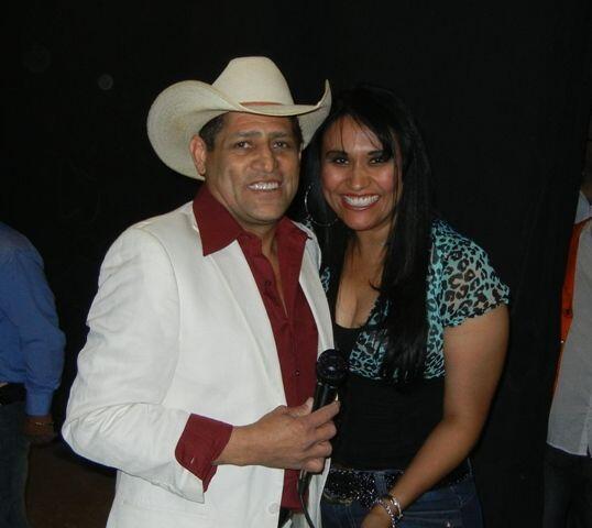 Pancho Barraza y Diana Solís se tomaron la foto del recuerdo.