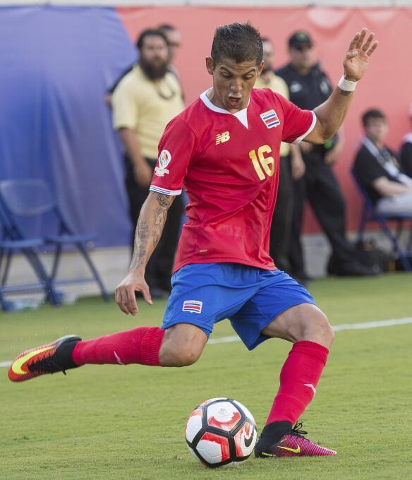Ranking de los defensas de la Copa América Centenario 22-GettyImages-538...