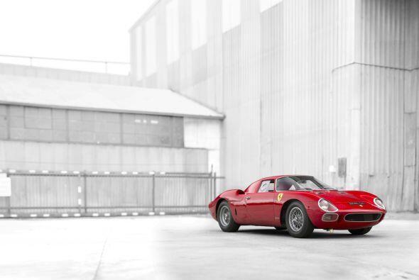 Este deportivo, que supo ganar en las míticas 24 horas de Le Mans en 196...