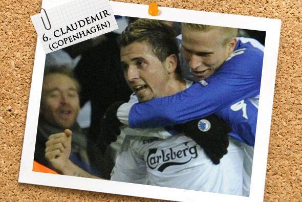 El brasileño Claudemir fue el motor del Copenhagen ante el Barcelona, ad...