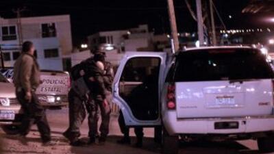 Un comando de más de 30 hombres con armas de grueso calibre emboscó un c...