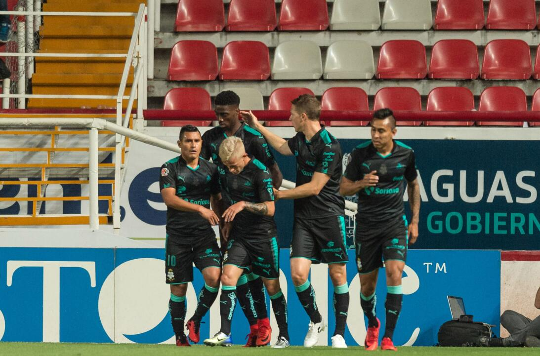 Necaxa 1-2 Santos Laguna: la Comarca sorprendió a los Rayos con goles de...