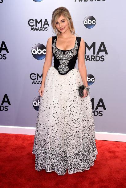 ¿Qué opinan del vestido de Clare Bowen? No está tan mal, pero hay algo d...