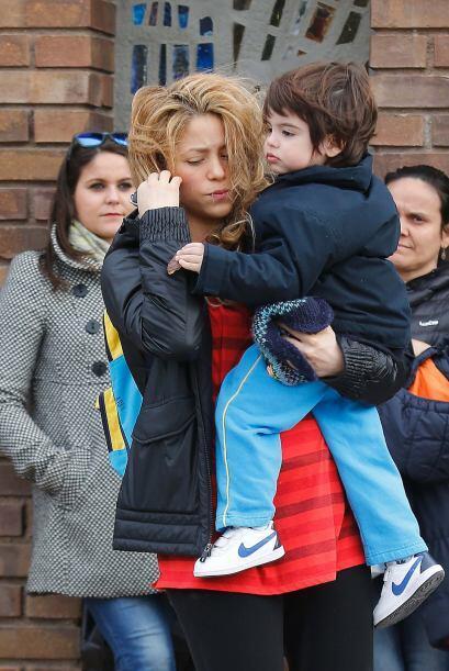 Poco después de tener al pequeño Sasha así apareció Shakira con Milan.