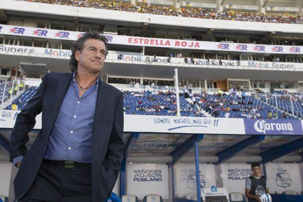 La Franja del Puebla no pudo tenerle más paciencia a Rubén Omar Romano e...