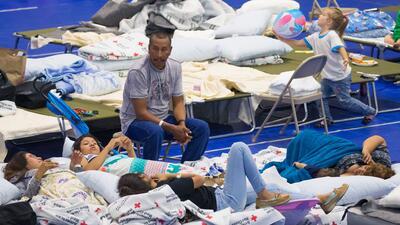 En fotos: Así se resguardan los residentes de Houston en los refugios