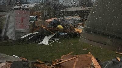 Imágenes de paso de tornado en Ottawa, Illinois