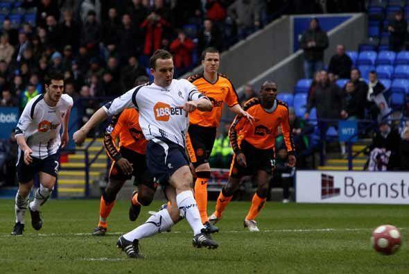 El Bolton Wanderes le metió cuatro goles al Wigan en la goleada de la jo...