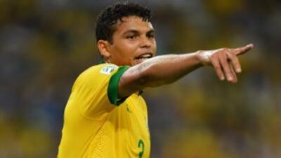 El brasileño acabó con las especulaciones sobre su partida al Barcelona,...