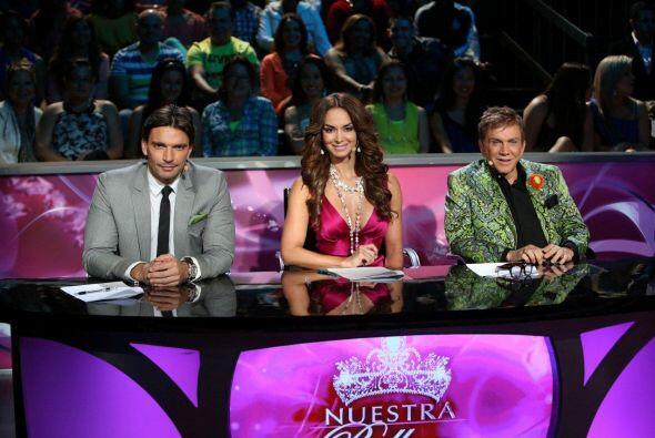 Julián, Lupita y Osmel no dejaron de discutir y es que pocas veces logra...