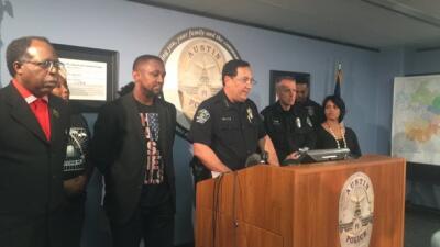 Acevedo comenzó a trabajar en el Departamento de Policía de Austin en 20...
