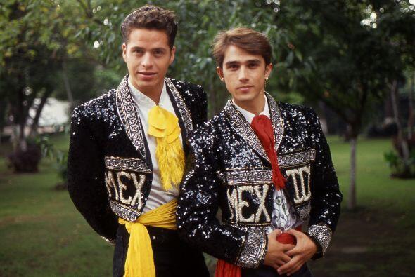 Víctor Noriega y Sergio Mayer en 1989, cuando ambos eran compa&nt...