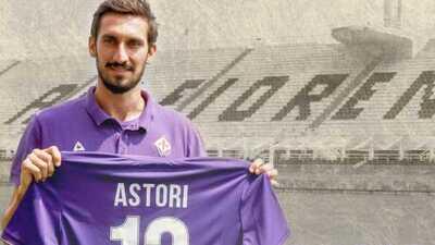 La Fiorentina y el Cagliari retiran el '13' en memoria de Astori
