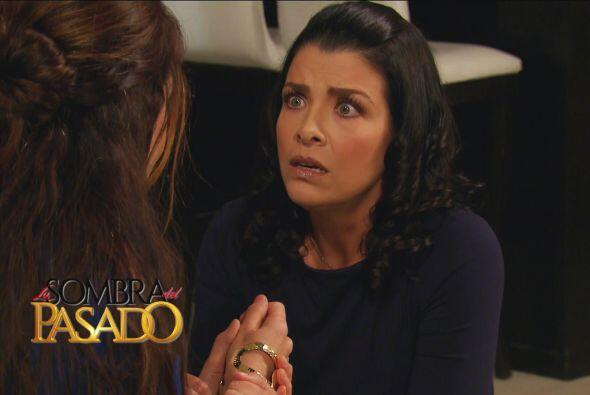 ¡Adelina quedó impactada al saber que Roberta sí mató a Raymundo!