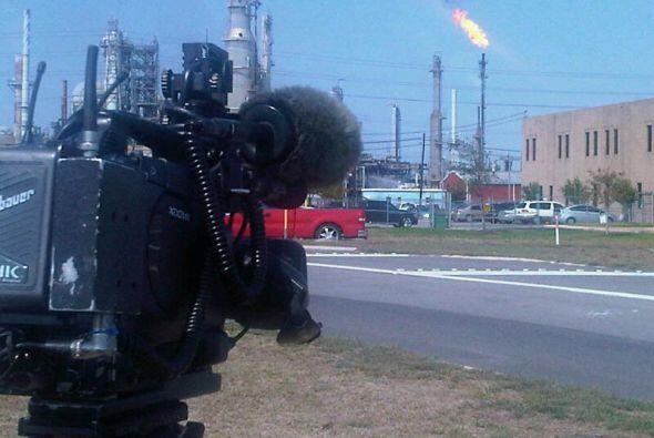 Las llamas se produjeron en la unidad de producción de crudo, siendo est...