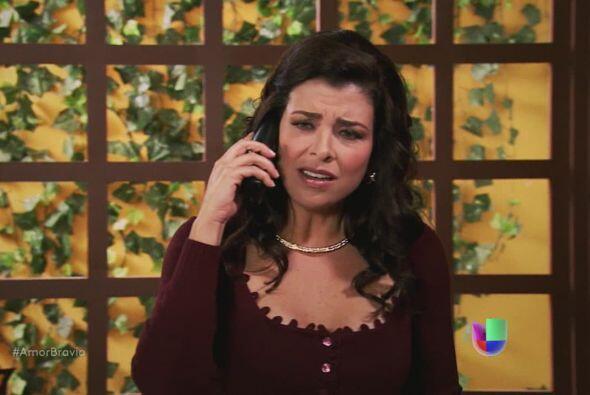 Cancelan la cita con el médico, Miriam está realmente mole...