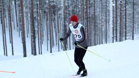 Participará el viernes en la prueba de 15 km de esquí de f...