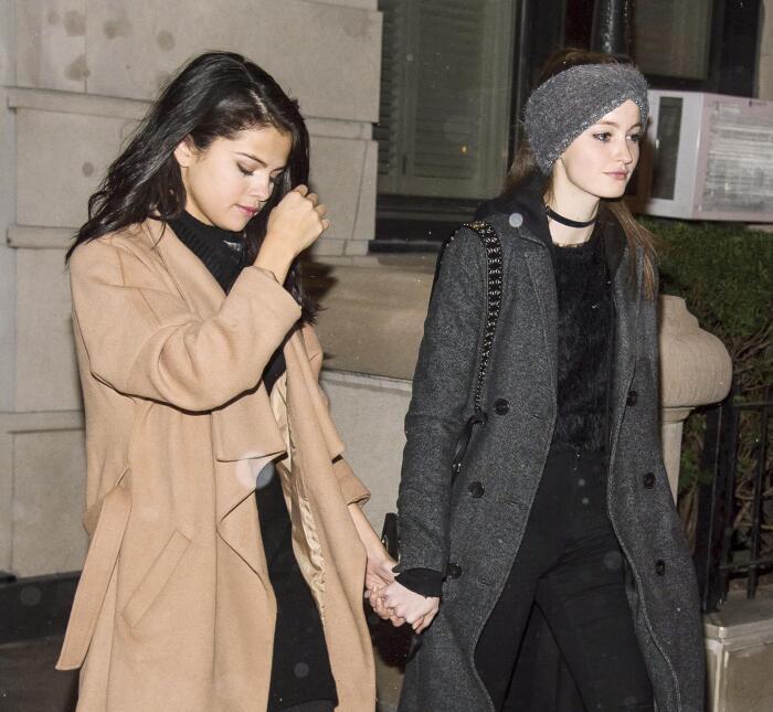 Selena Gomez y Megan Puleri