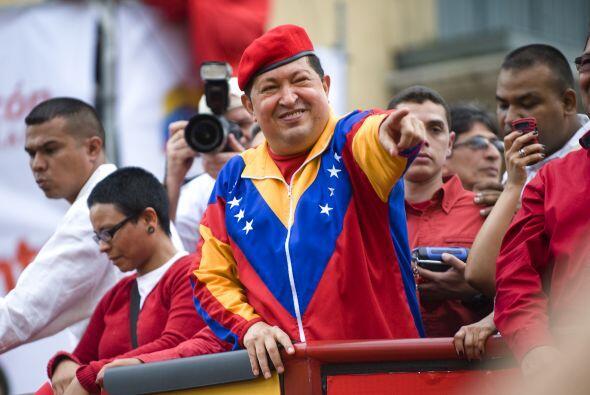 Junio 11- Hugo Chávez presenta su candidatura a las presidenciale...