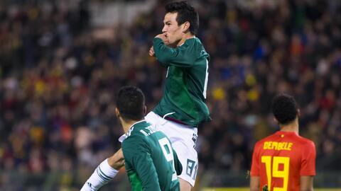 El delantero mexicano tuvo un partido espectacular con su doblete.