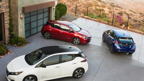 Autos Eléctricos 2018_Nissan_LEAF_US_02.jpg