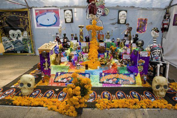 El Día de Muertos, celebrado en la cultura mexicana, es una fecha de dev...
