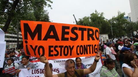 Manifestantes a favor de la CNTE en la Ciudad de México.