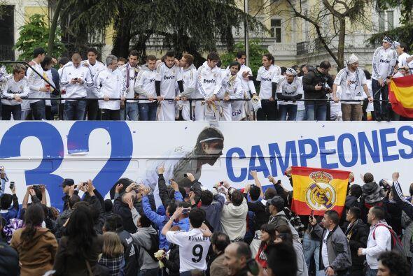 El autobús mostraba detalles del números de títulos de Liga española log...
