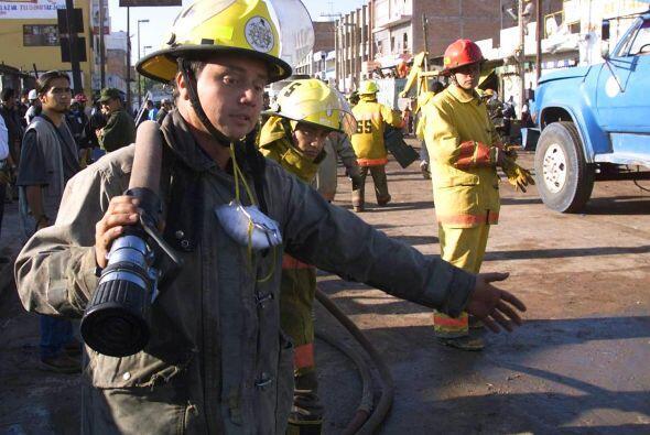 Los bomberos del Distrito Federal desde el 13 de Abril del 2000 cuentan...