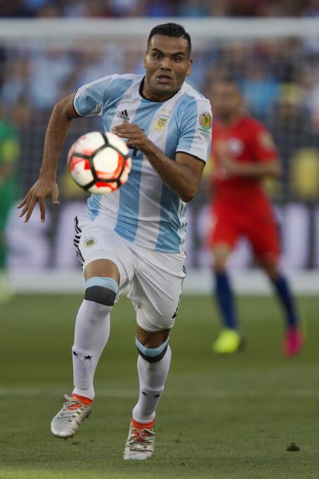 Ranking de los defensas de la Copa América Centenario 09-GettyImages-538...