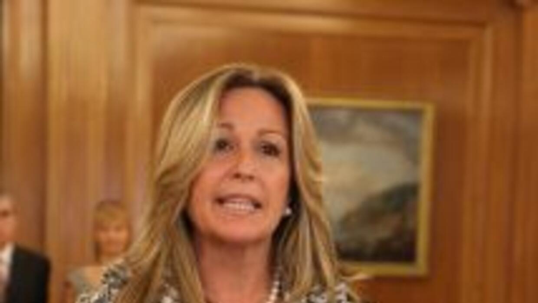 En un nuevo giro de la política española, Trinidad Jiménez sustituyó en...