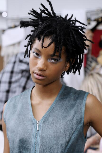 US actress Willow Smith poses before Chanel 2016-2017 fall/winter Haute...