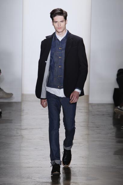 Los 'jeans' fueron un 'boom' en los setentas y ahora regresan con fuerza...