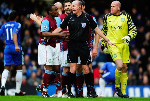Al minuto 23 se decretó un penalti en favor del Chelsea.