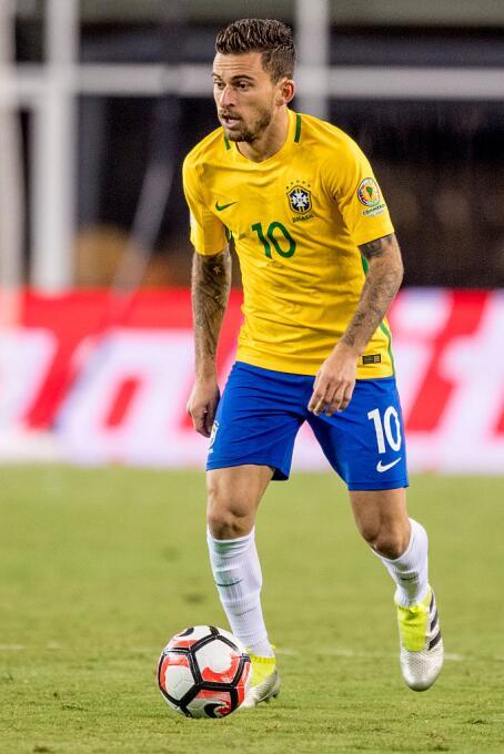 El ranking de los jugadores de Brasil vs Perú LucasLima.jpg