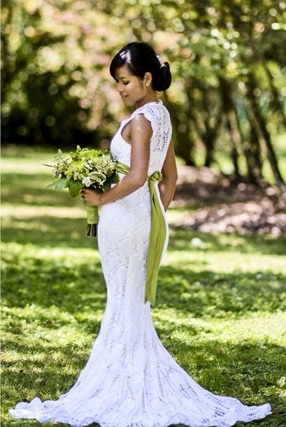 Lo creas o no esta novia tejió este vestido para su boda.