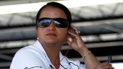 Esta puertorriqueña, líder de ingenieros en NASCAR, está trabajando para la reconstrucción de la isla