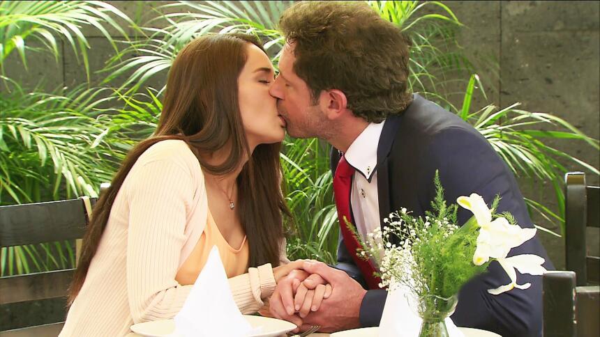 Adriana Louvier tuvo mucho amor en Yo No Creo En Los Hombres  7AC732FCEF...