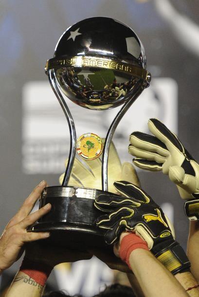 El trofeo tan preciado, cualquiera sea este, es el que todo club lquiere...