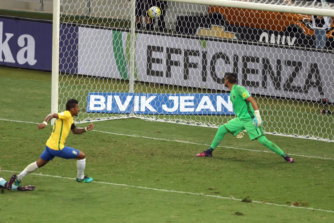 Brasil estuvo de fiesta en el clásico contra Argentina AP_471869352906.jpg