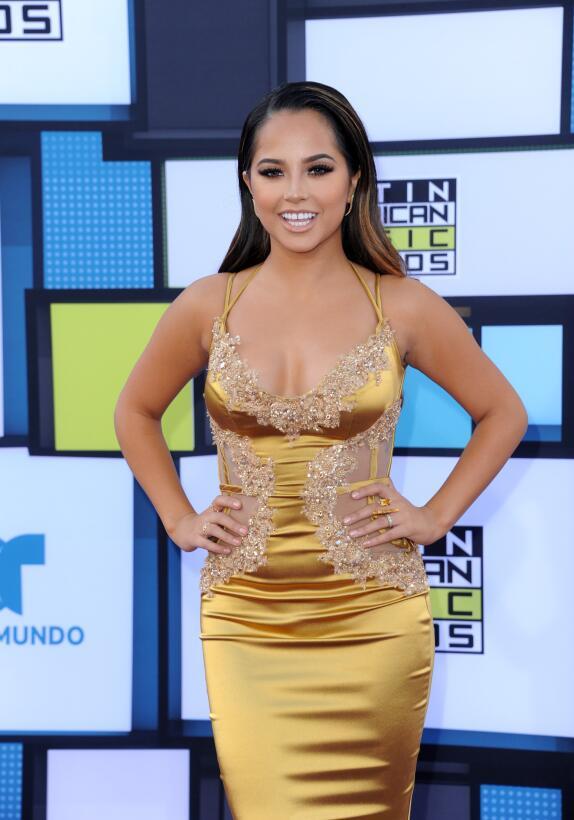 Becky G, la nueva Power Ranger amarilla que es novia de Sebastian Lletge...